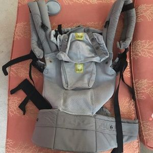 LillieBaby Complete Airflow 6-1 Baby Carrier
